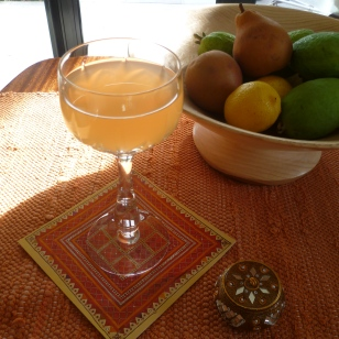 or Pear and Medlar juice
