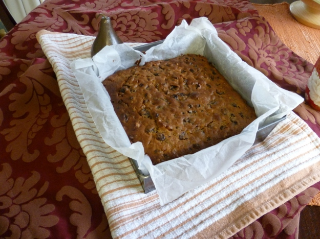 Nutty Fruit Cake